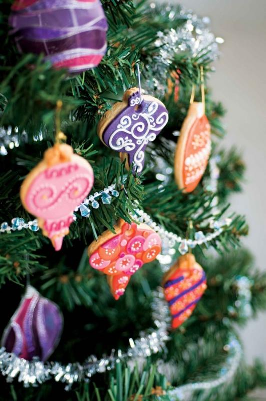 54545 79 Amazing Christmas Tree Decorations
