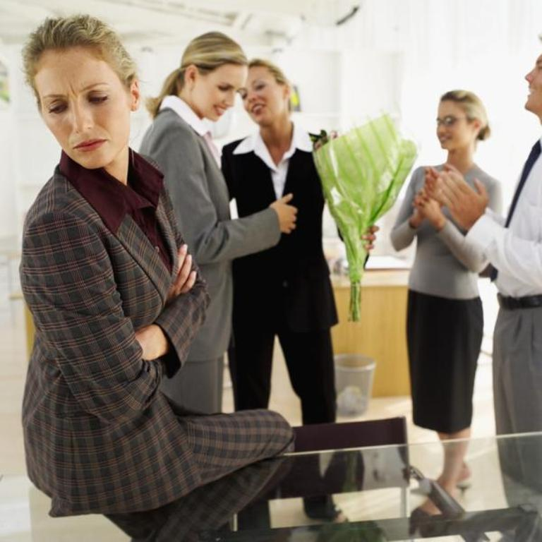 57301551 Tips to Control the Annoying Jealousy Among Co-workers at Workplace!!