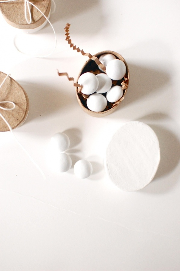 6888058886_3bf6c979c1_b1 Save Money & Learn How to Make Your Own Wedding Favors