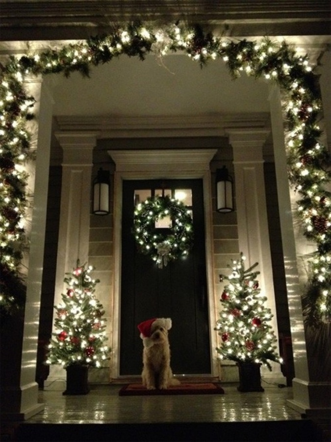 8-Christmas-Porch-decorating-Ideas 65+ Dazzling Christmas Decorating Ideas for Your Home in 2019