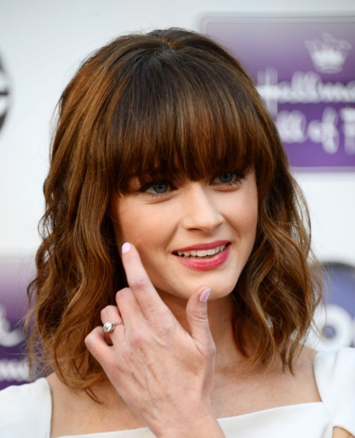 Vincent Kartheiser's wife Alexis Bledel wearing engagement ring