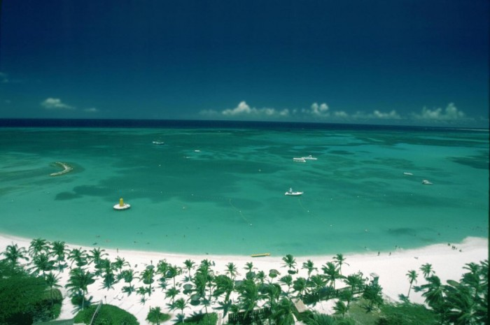 Aruba. Top 10 Romantic Vacation Spots for Couples to Enjoy Unforgettable Time