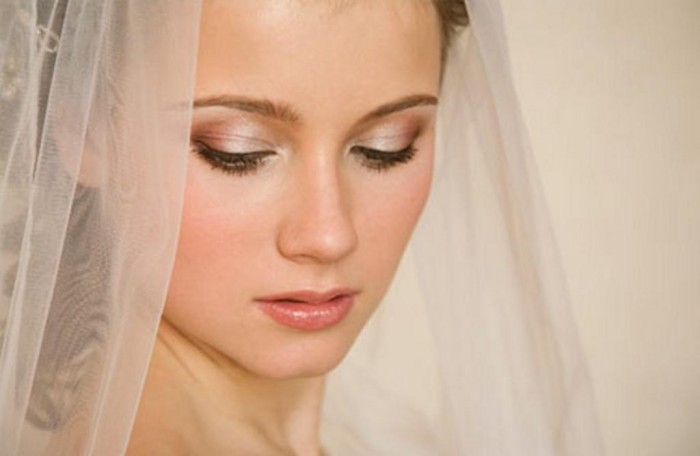 Best-natural-bridal-makeup Differences between Engagement & Wedding Make-up, What Are They?