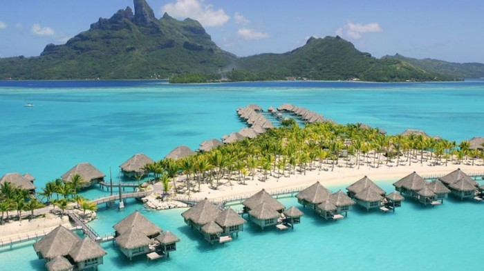 Bora-Bora Top 10 Romantic Vacation Spots for Couples to Enjoy Unforgettable Time
