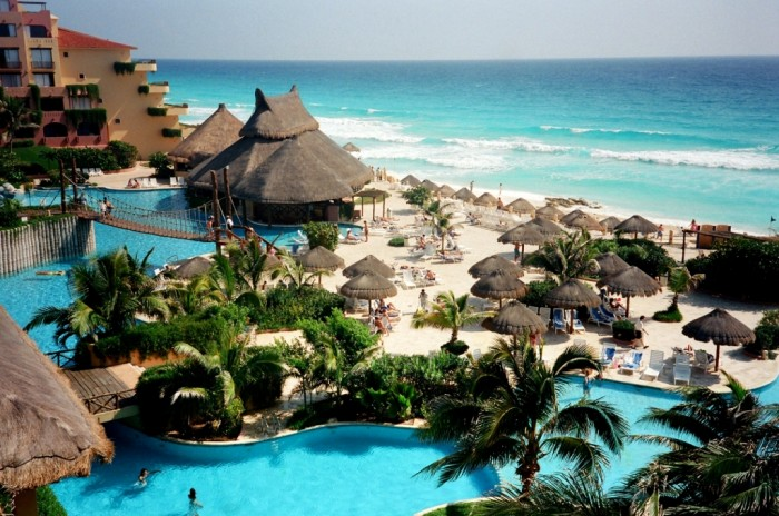 Cancun-Mexico-2013 Top 10 Romantic Vacation Spots for Couples to Enjoy Unforgettable Time