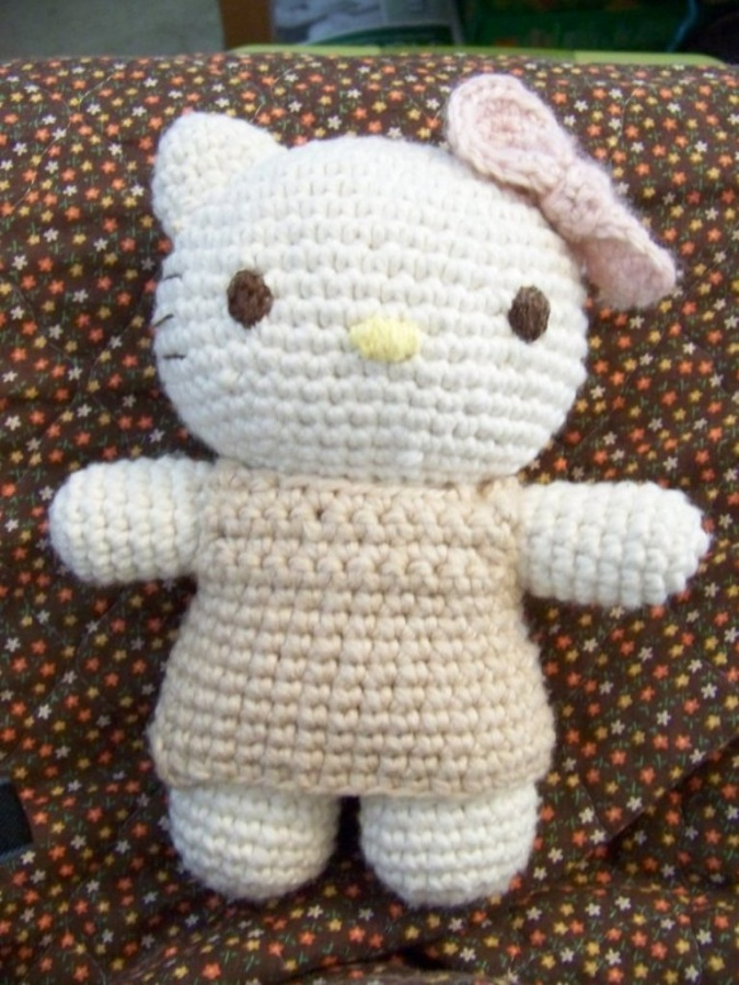 Crochet__Hello_Kitty_Amigurumi_by_jinnybear 10 Fascinating Ideas to Create Crochet Patterns on Your Own