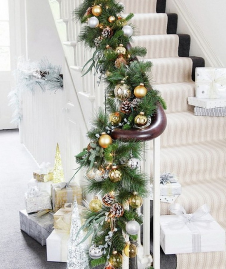 DIY-Christmas-Decorations-for-Stairs 65+ Dazzling Christmas Decorating Ideas for Your Home in 2019