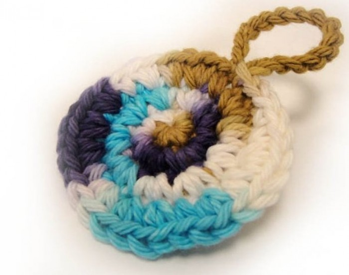 DSC004841 Stunning Crochet Patterns To Decorate Your Home & Make Accessories