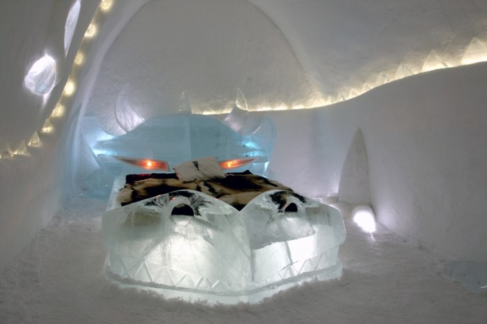 Dragon_icehotel Top 30 World's Weirdest Hotels ... Never Seen Before!