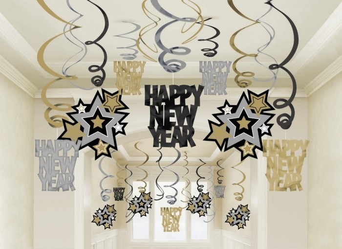 Happy-New-Year-decorations Awesome & Breathtaking Ideas for New Year's Holiday Decorations