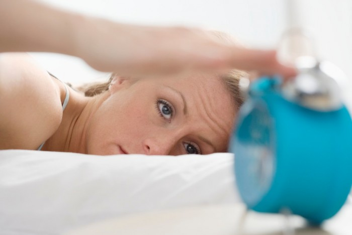 Insomnia-and-menopause What Are the Risks of Sleeping Less Than 6 Hours a Night?
