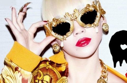 JSFLOURISH-Linda-Farrow-Sunglasses-CL-Magazine-Cover-1-e1367341433891-500x328 39 Most Stylish Gold and Diamond Sunglasses in 2021