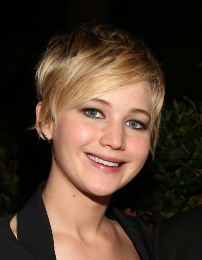 Jennifer+Lawrence+pixie 20 Worst Celebrities Hairstyles