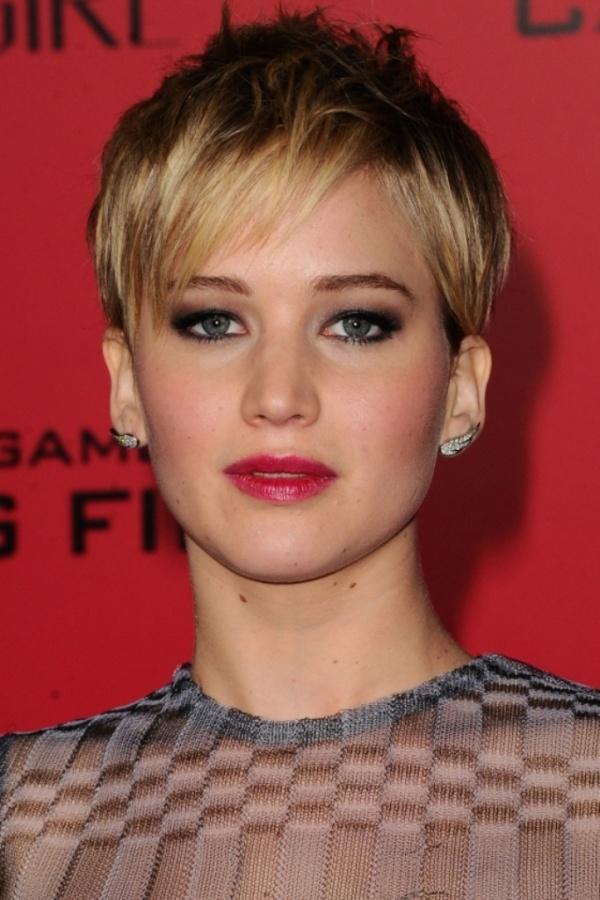 JenniferLawrenceDebutsHerCrop 20 Worst Celebrities Hairstyles