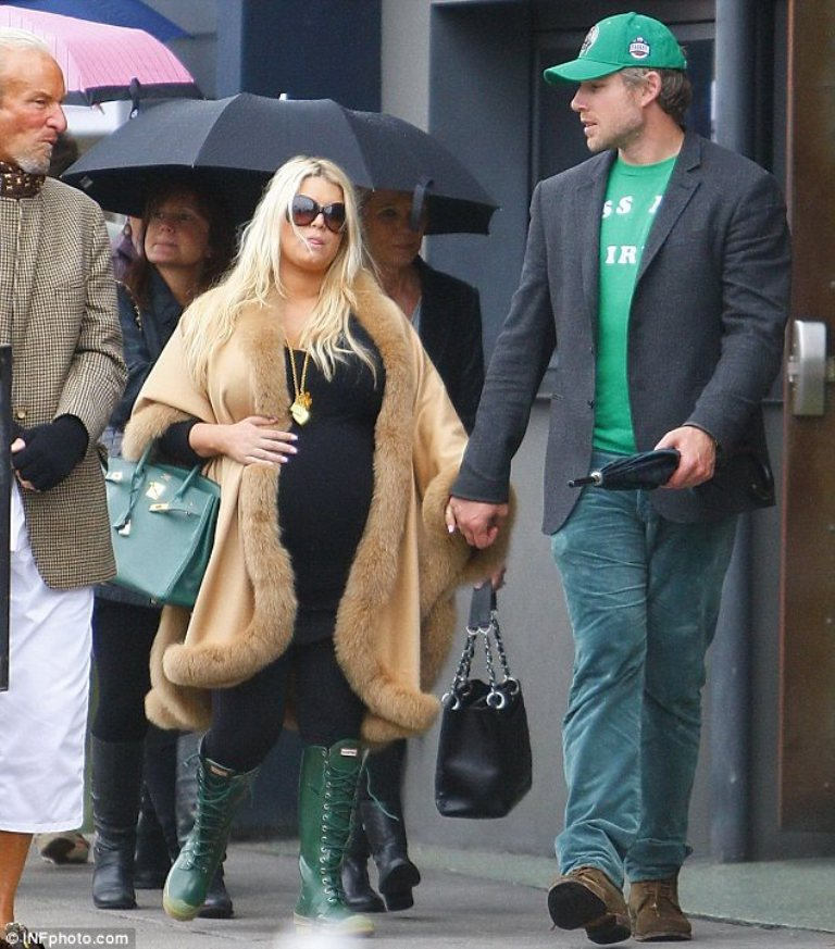 Jessica-Simpson-and-her-fiance-Eric-Johnson Celebrities Who Had Babies in 2013, Who Are They?