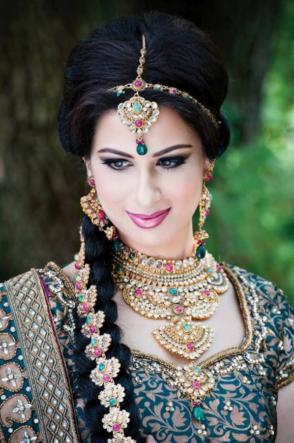 Latest-Bridal-Makeup-Ideas-For-Girls-2013-3 Differences between Engagement & Wedding Make-up, What Are They?