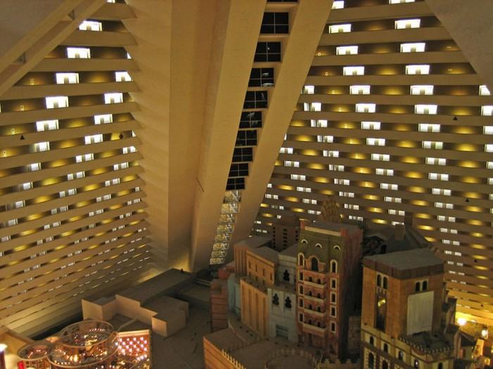 Luxor-Inclinator-Elevator The World's 20 Weirdest & Craziest Elevators