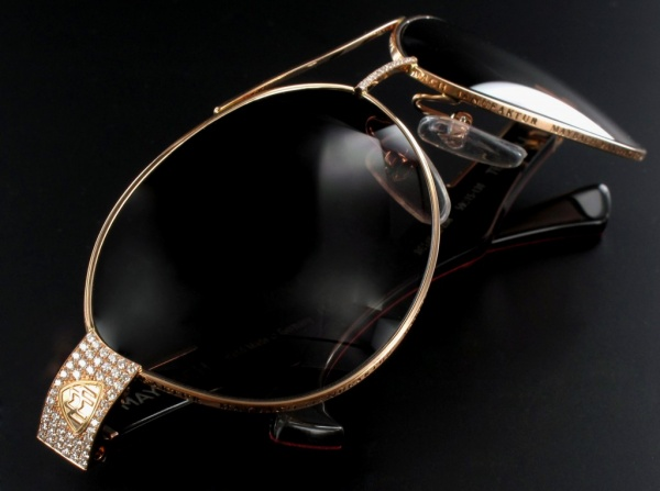Maybach-THE-STAR-1 39 Most Stylish Gold and Diamond Sunglasses in 2021