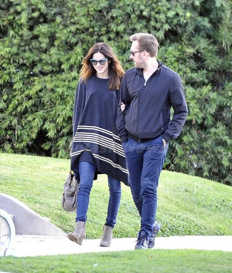 Michelle-Monaghan-and-her-husband-Peter-White Celebrities Who Had Babies in 2013, Who Are They?