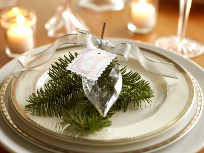 NYE_place_settings Awesome & Breathtaking Ideas for New Year's Holiday Decorations