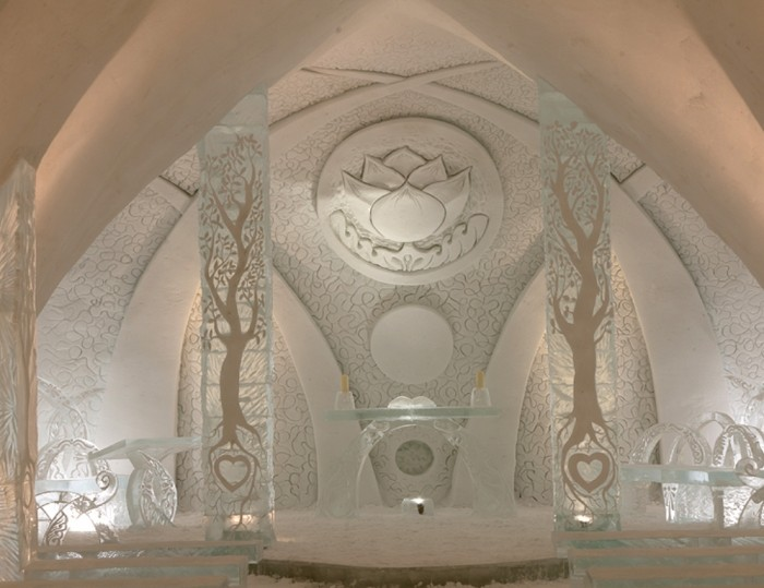 Quebec-Ice-Hotel-Luc-Rousseau1 Top 30 World's Weirdest Hotels ... Never Seen Before!