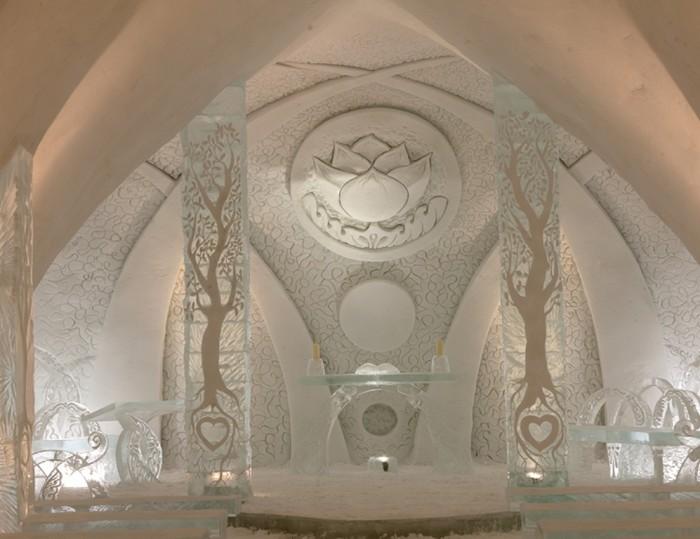 Quebec-Ice-Hotel-Luc-Rousseau1 Top 30 World's Weirdest Hotels ... Never Seen Before!