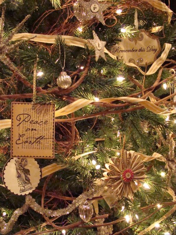 RMS_greeneyedmom-Christmas-tree_s3x4_lg 79 Amazing Christmas Tree Decorations