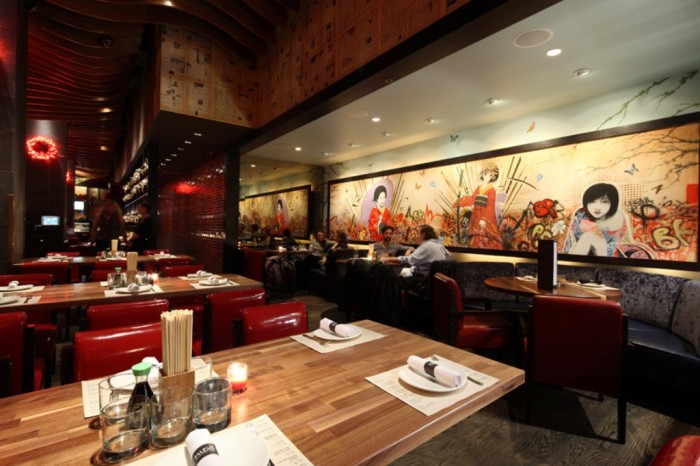 Stunning-Decoration-of-Japanese-Restaurant-Modern-Attractive-Japanese-Restaurant-Modern-Design-Wooden-Floor-Beautiful-Wallpaper Do You Dream of Starting and Running Your Own Restaurant Business?