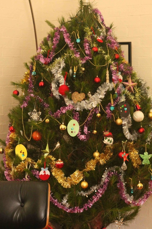 T10 79 Amazing Christmas Tree Decorations