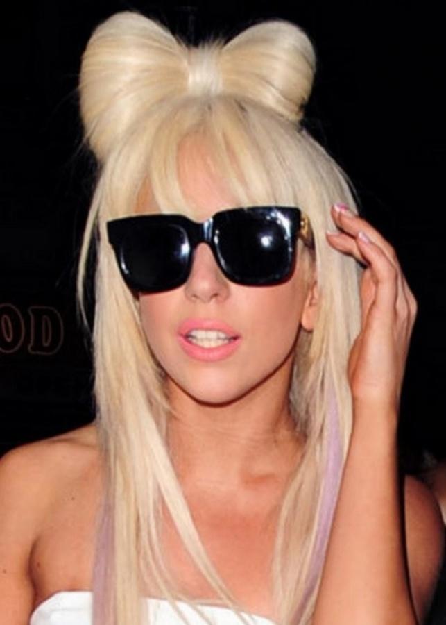 Top-100-Medium-Hairstyles-2014_271 20 Worst Celebrities Hairstyles