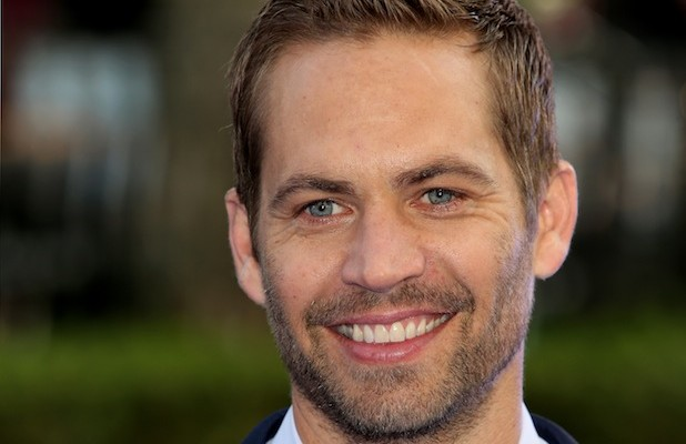 """Walker-News-618x400 Fast and Furious Star """"Paul Walker"""", Died At The Age Of 40 In a Car Accident"""