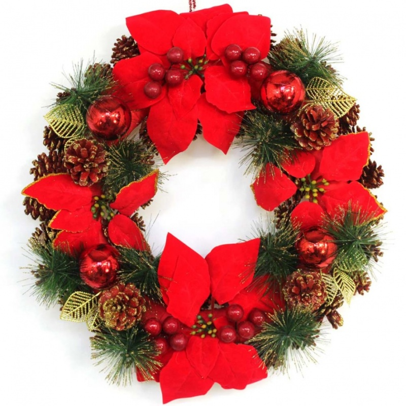 appealing-garland-and-red-christmas-ornaments-become-christmas-wreaths-decorations-915x915 79 Amazing Christmas Tree Decorations