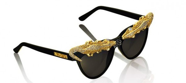 article-2212661-15588D80000005DC-466_634x285 39 Most Stylish Gold and Diamond Sunglasses in 2018