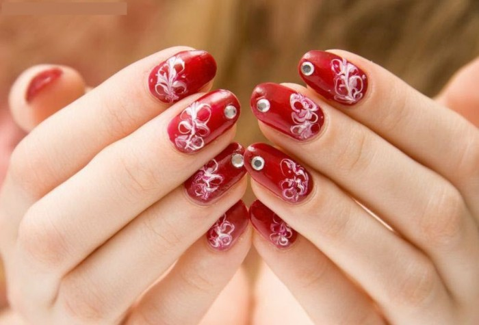 beautiful-easy-red-white-color-nail-art-design-2013-2014 What Are the Latest Beauty Trends for 2017?