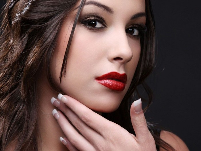 beautyful-girl-beautiful-girls-face-make-up-and-345821 Differences between Engagement & Wedding Make-up, What Are They?