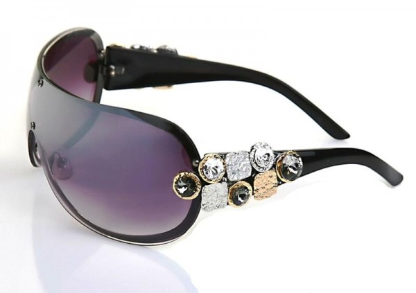 blk-frame-celar-and-blk-diamond-Swi.-Crystal 39 Most Stylish Gold and Diamond Sunglasses in 2019