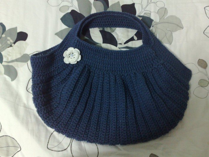 blue-color-crochet-bags-collection 10 Fascinating Ideas to Create Crochet Patterns on Your Own