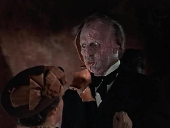 bra-hrefhttpoi42.tinypic.com2yki7ir 20 Most Terrifying Masks in the World of Cinema