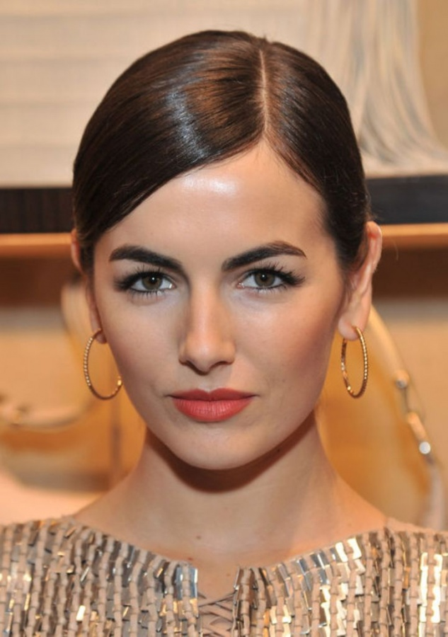 camilla-belle-eye-brows-h724 What Are the Latest Beauty Trends for 2017?