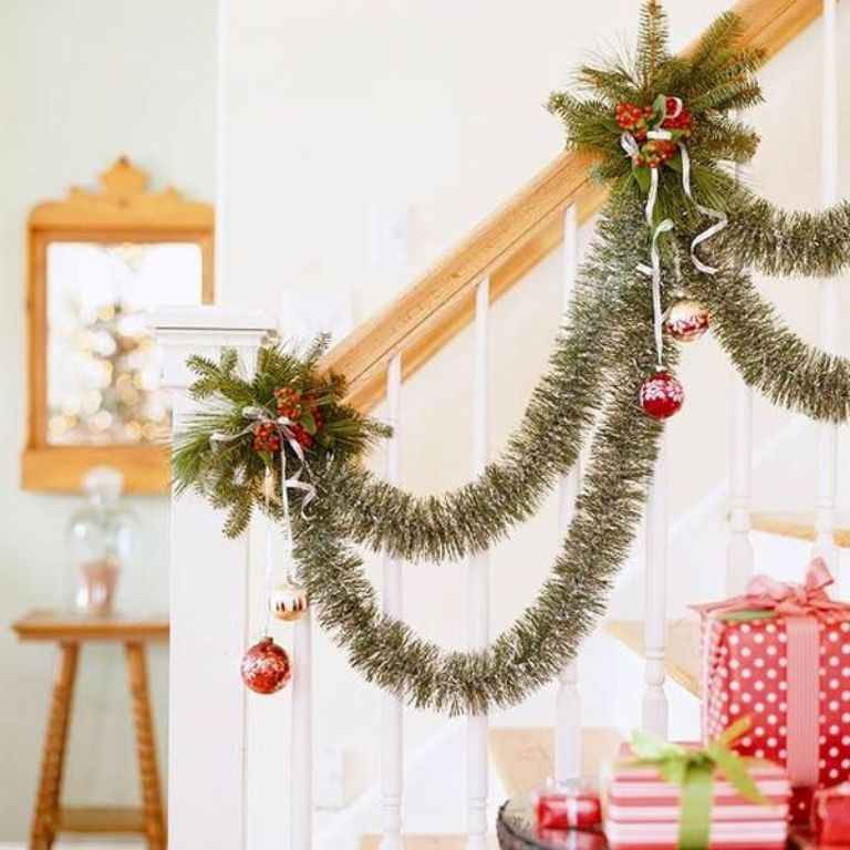 christmas-stairs-decoration-ideas_ 65+ Dazzling Christmas Decorating Ideas for Your Home in 2019