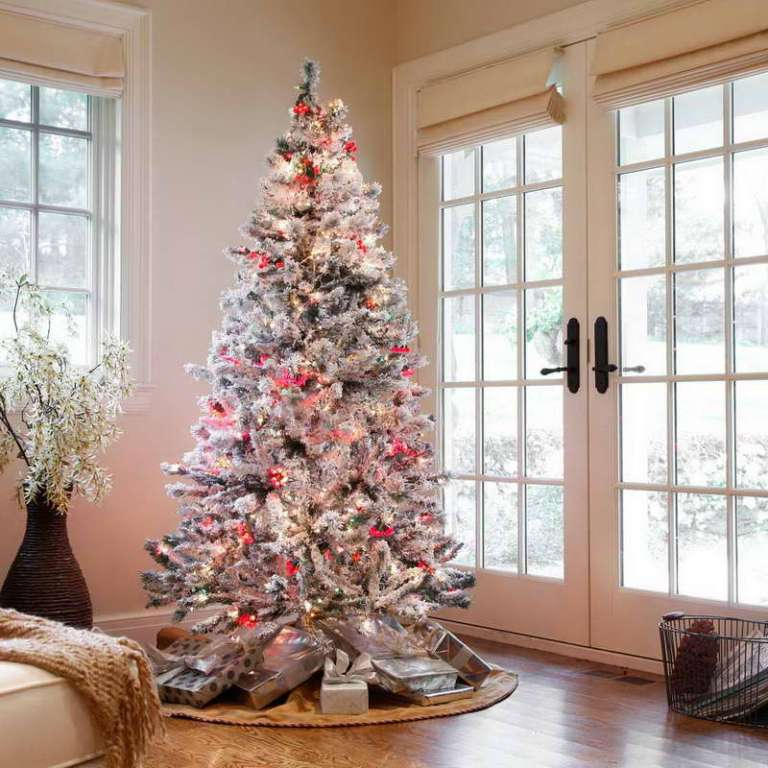 christmas-tree-decorating-ideas-2013-2014-1 65+ Dazzling Christmas Decorating Ideas for Your Home in 2019