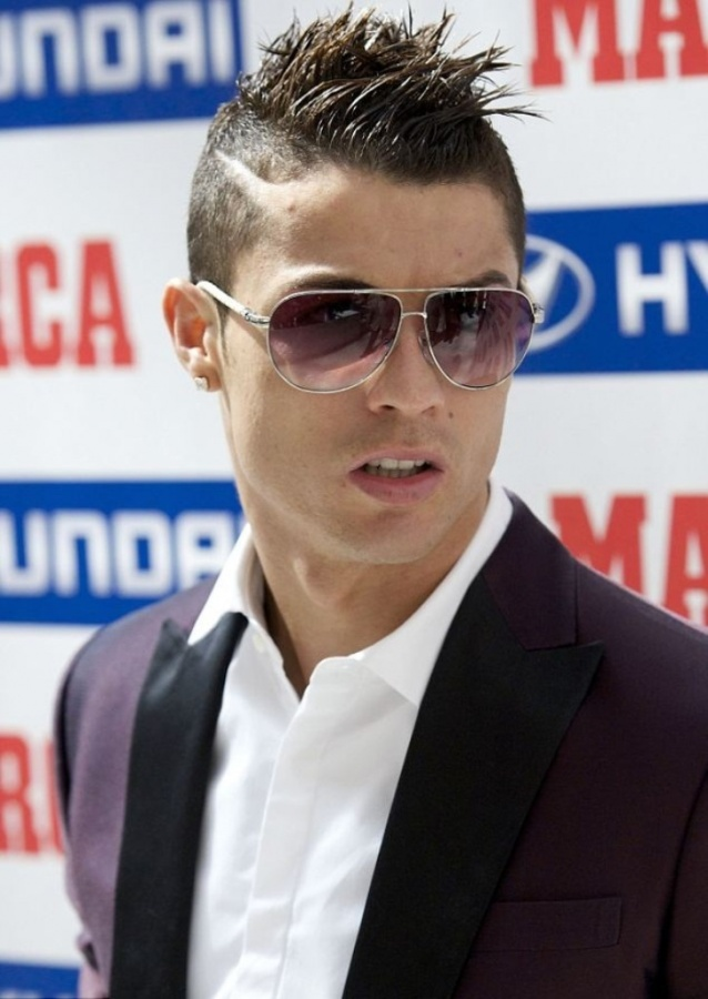 cr7-1 Cristiano Ronaldo the Best Football Player & the Greatest of All Time