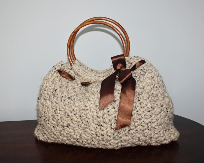 crochet-handbag 10 Fascinating Ideas to Create Crochet Patterns on Your Own