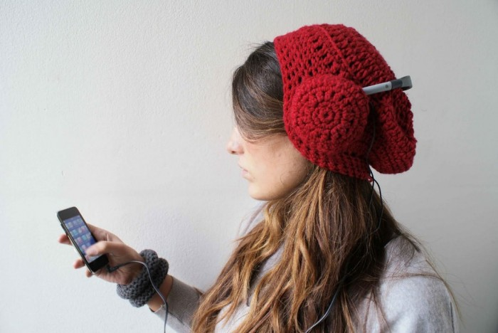 crochet-headphones1 Stunning Crochet Patterns To Decorate Your Home & Make Accessories