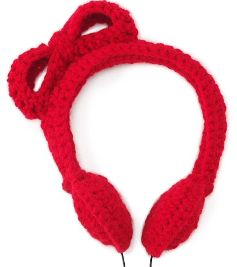 crochet_headphones Stunning Crochet Patterns To Decorate Your Home & Make Accessories