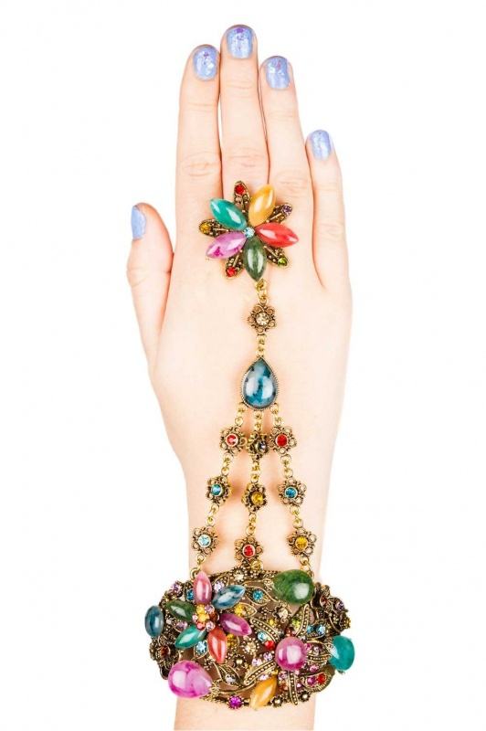 daisystreetaccessories_aw13_aug-_18-of-19_ 65 Hottest Hand Back Jewelry Pieces for 2020