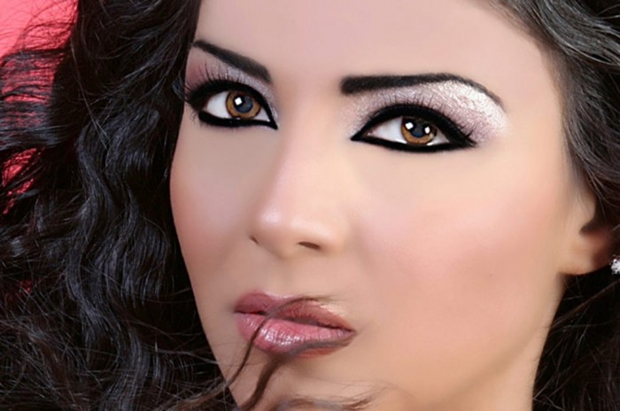 eye_makeup_tips Differences between Engagement & Wedding Make-up, What Are They?