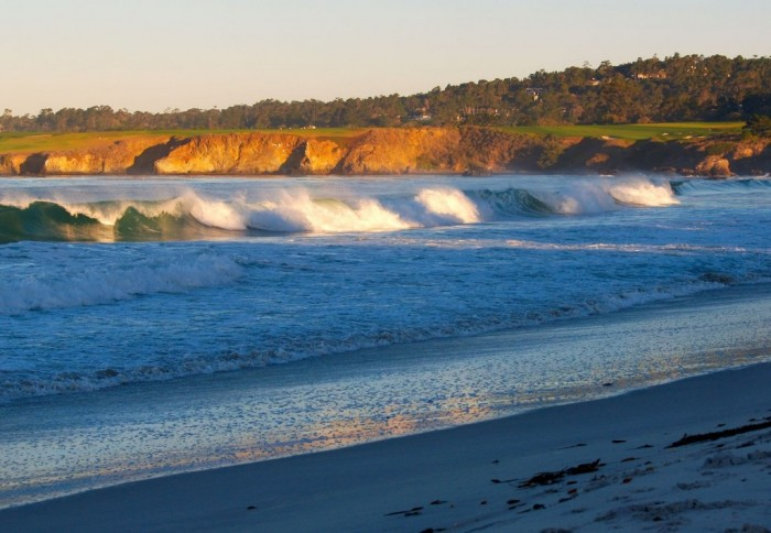first-light-of-morning-sun-on-breakers-and-cliffs-below-pebble-beach-in-Carmel-by-the-Sea-California-1600x1108 Top 10 Romantic Vacation Spots for Couples to Enjoy Unforgettable Time