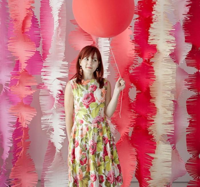 fringebackdrop_photobooth1 Awesome & Breathtaking Ideas for New Year's Holiday Decorations