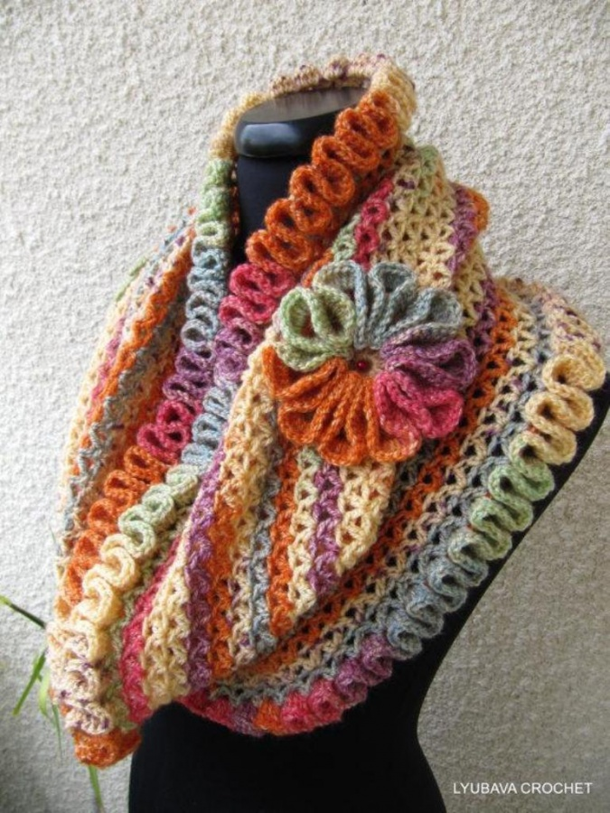 full_1399_69035_CrochetScarfHappyAutumnColors_2 10 Fascinating Ideas to Create Crochet Patterns on Your Own